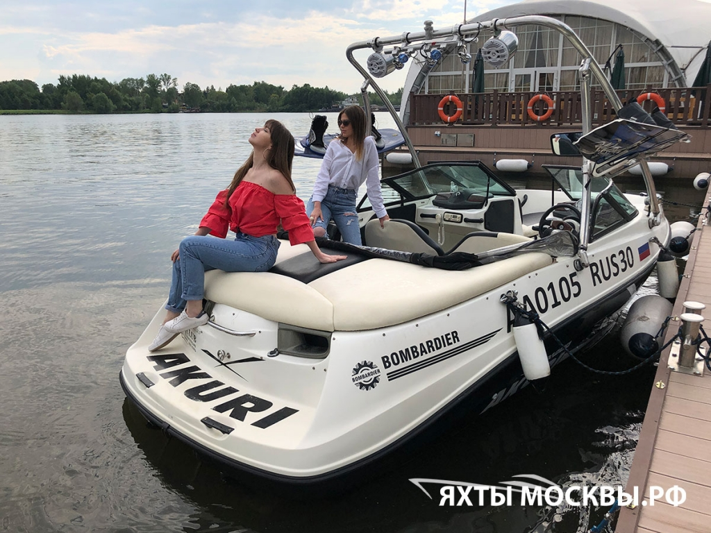 Аренда катера в Москве